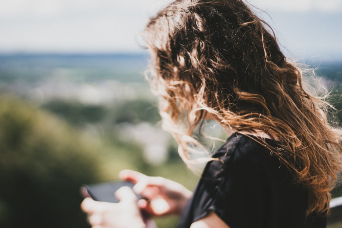 Les smartphones: un danger pour nos adolescents?